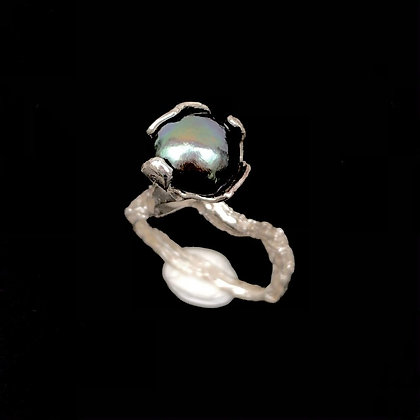 Peacock Pearl Solitaire Ring