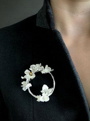Silver floriate brooch