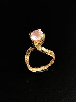 Gold Rose Quartz Solitaire Ring