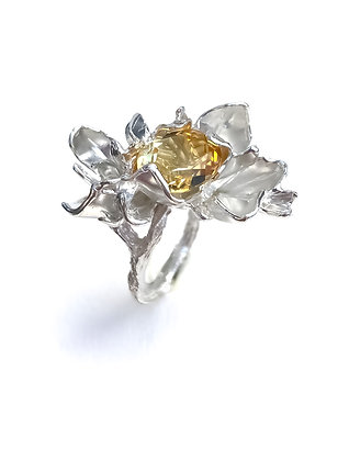 Silver petal ring with Citrine