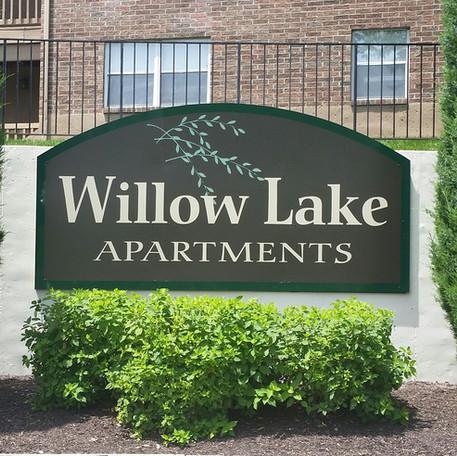 Willoe Lake Apartments