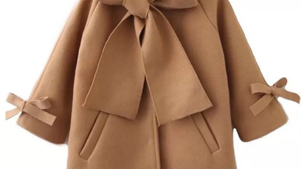 Brown woolen coat with ribbon