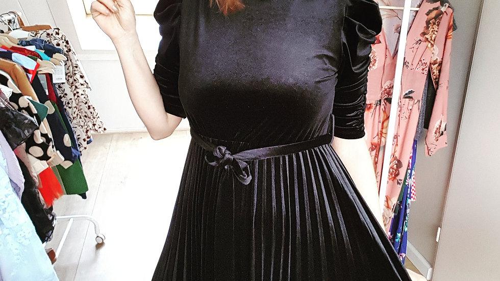 Black velour pleated dress