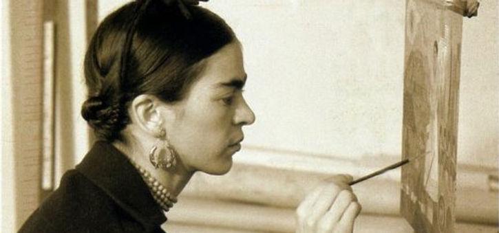 fotografías-de-Frida-Kahlo-3-518x700.jpg
