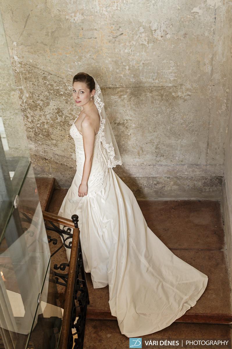 Angéla  menyasszonyi fátyol