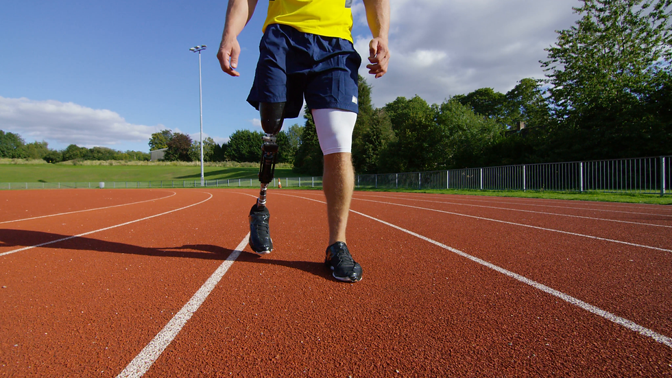 4k-disabled-athlete-with-prosthetic-leg-