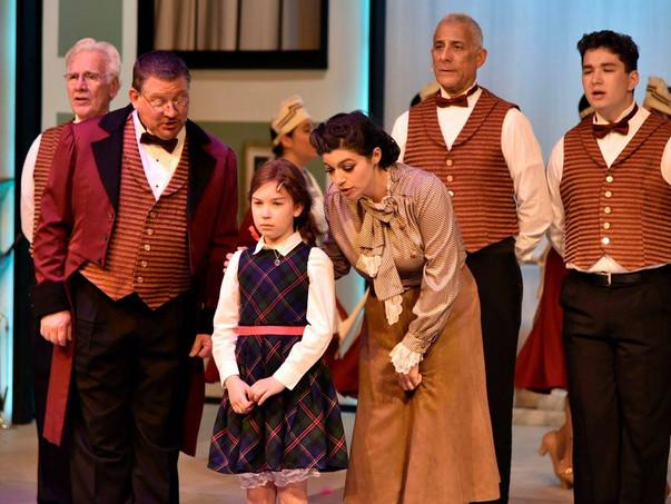 Annie - The Barn Theatre