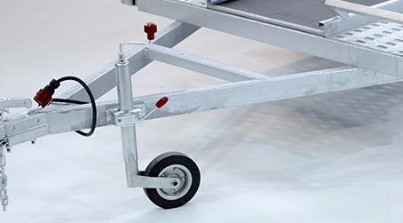 Яке опорне колесо для причепа краще?