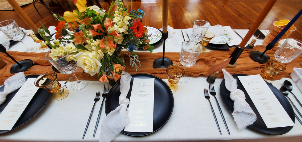 Banquet style table.jpg