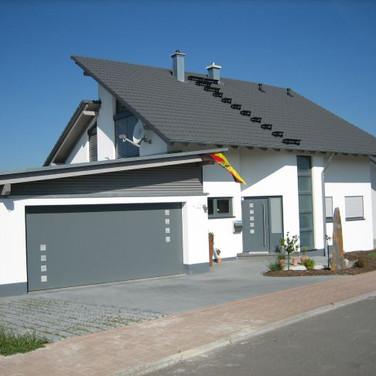 Holzer-Roland-9_2005.jpg