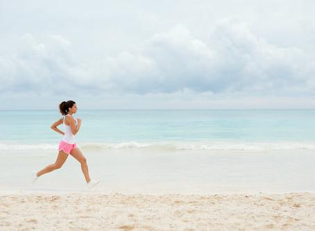 Courir sur le sable ? Avantages et dangers