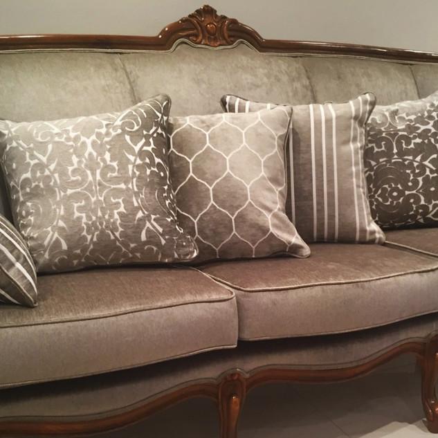 Upholstery service - Vintage lounge makeover