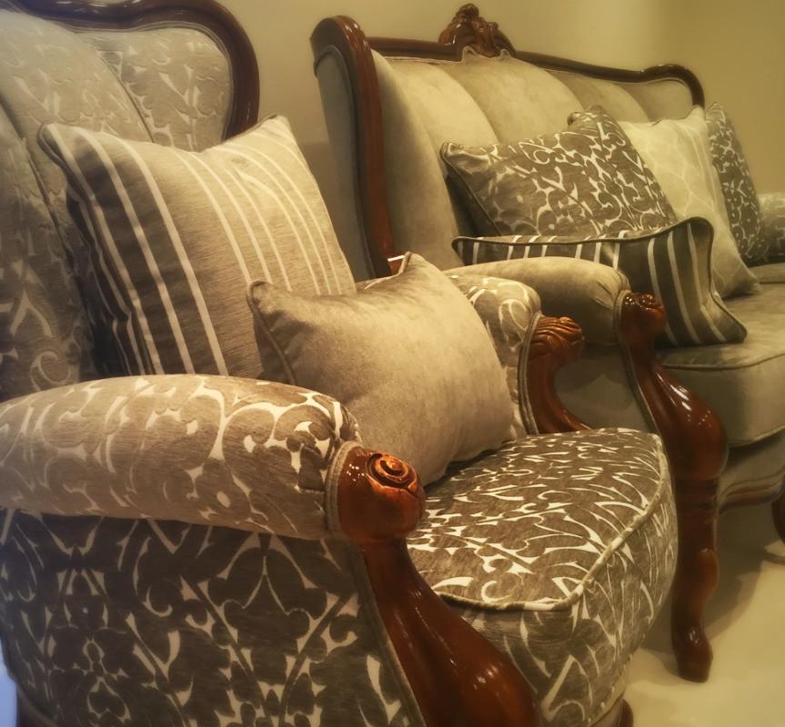 Vintage lounge suite makeover