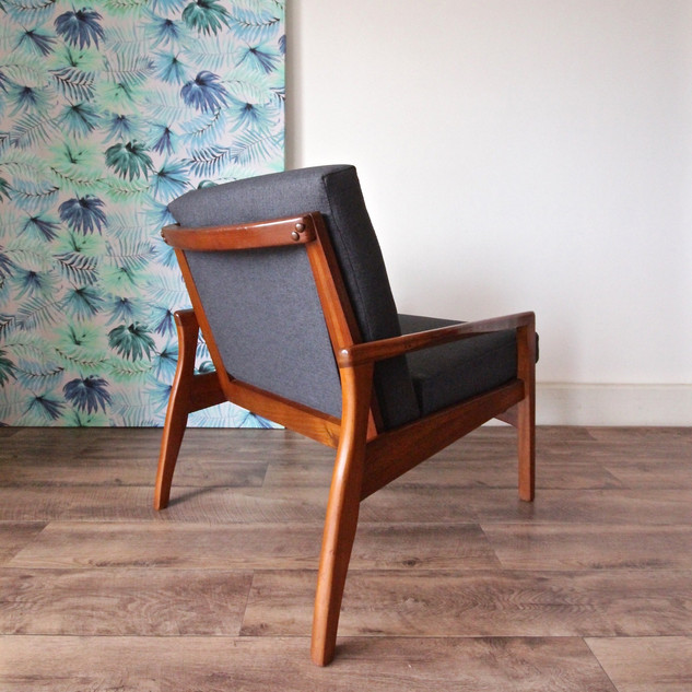 Chair Upholstery - Mid Century TV chair