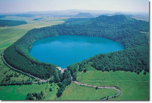 Lacs Pavin