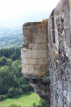 Chemin de ronde du chateau de Murol