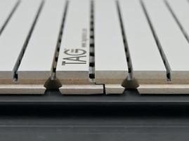 Стык панелей с LPL или QPQ перфорацией и профилем seam