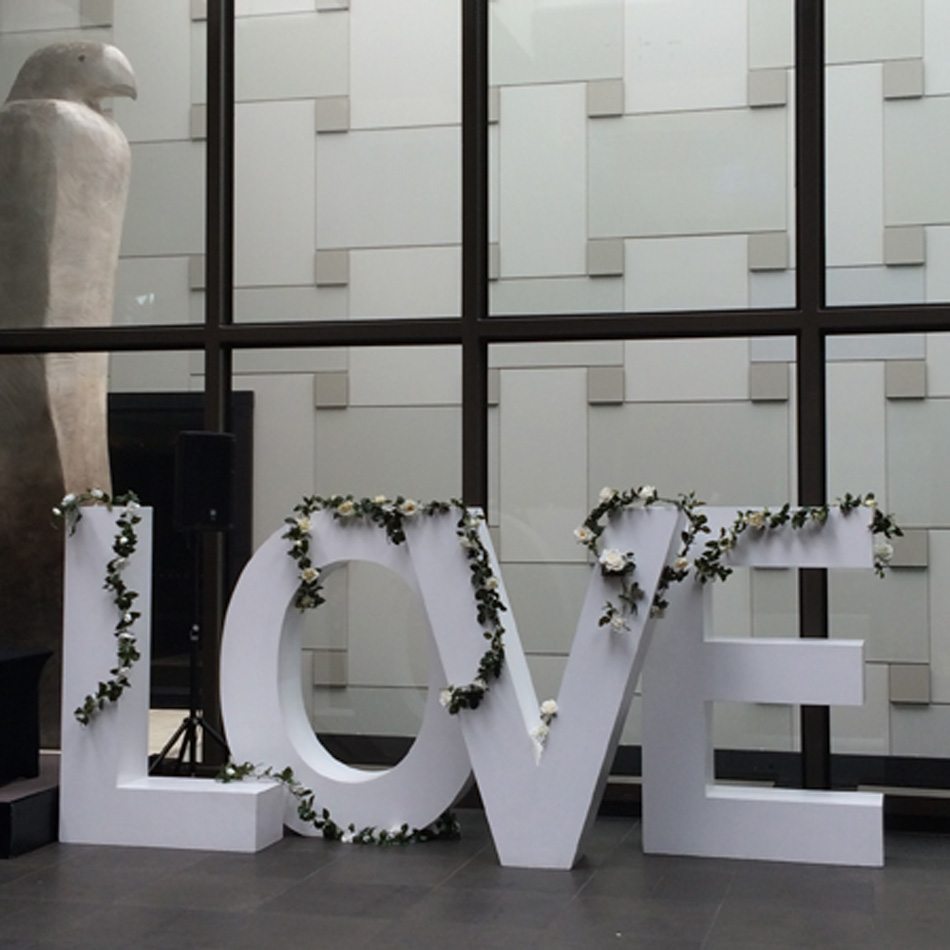 garland-love-letters-grand-hyatt-love-letters-hire-melbourne