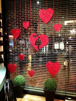 valentines-shop-display