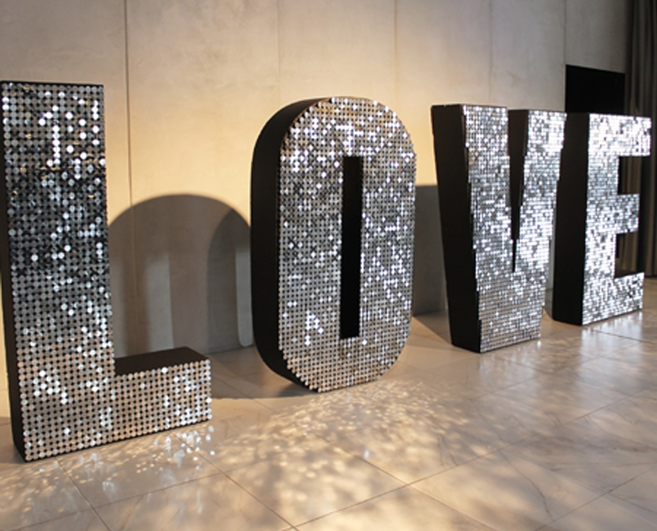 silver-sparkle-love-letters-for-hire-melbourne