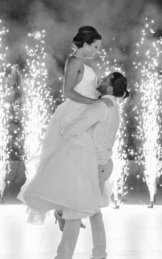 Wedding dance lift