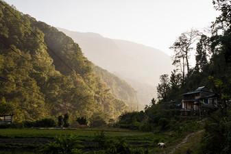 End of day near Ghandruk. Nepal, 2019.