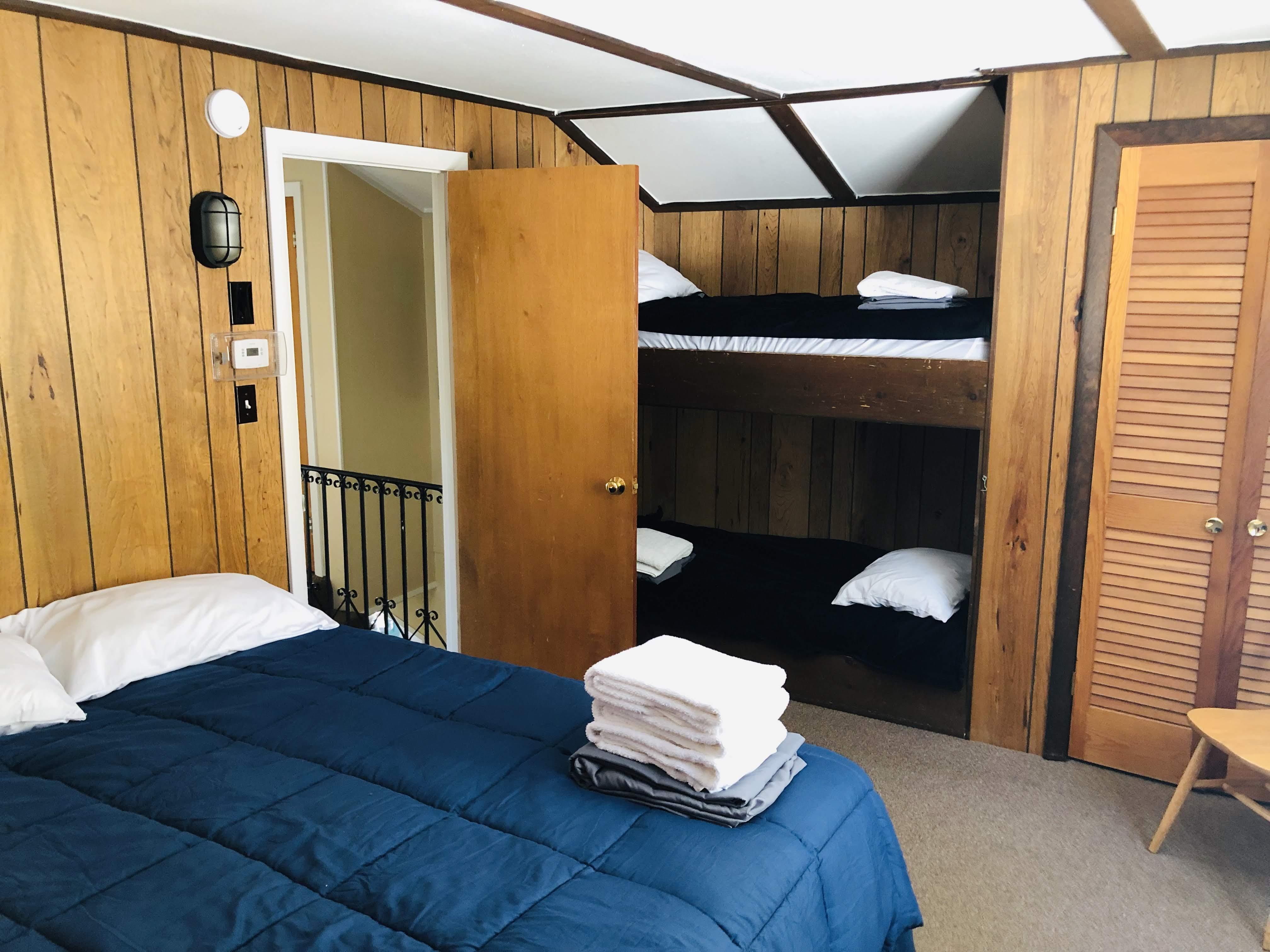 Bedroom 9 SE2 1Q B