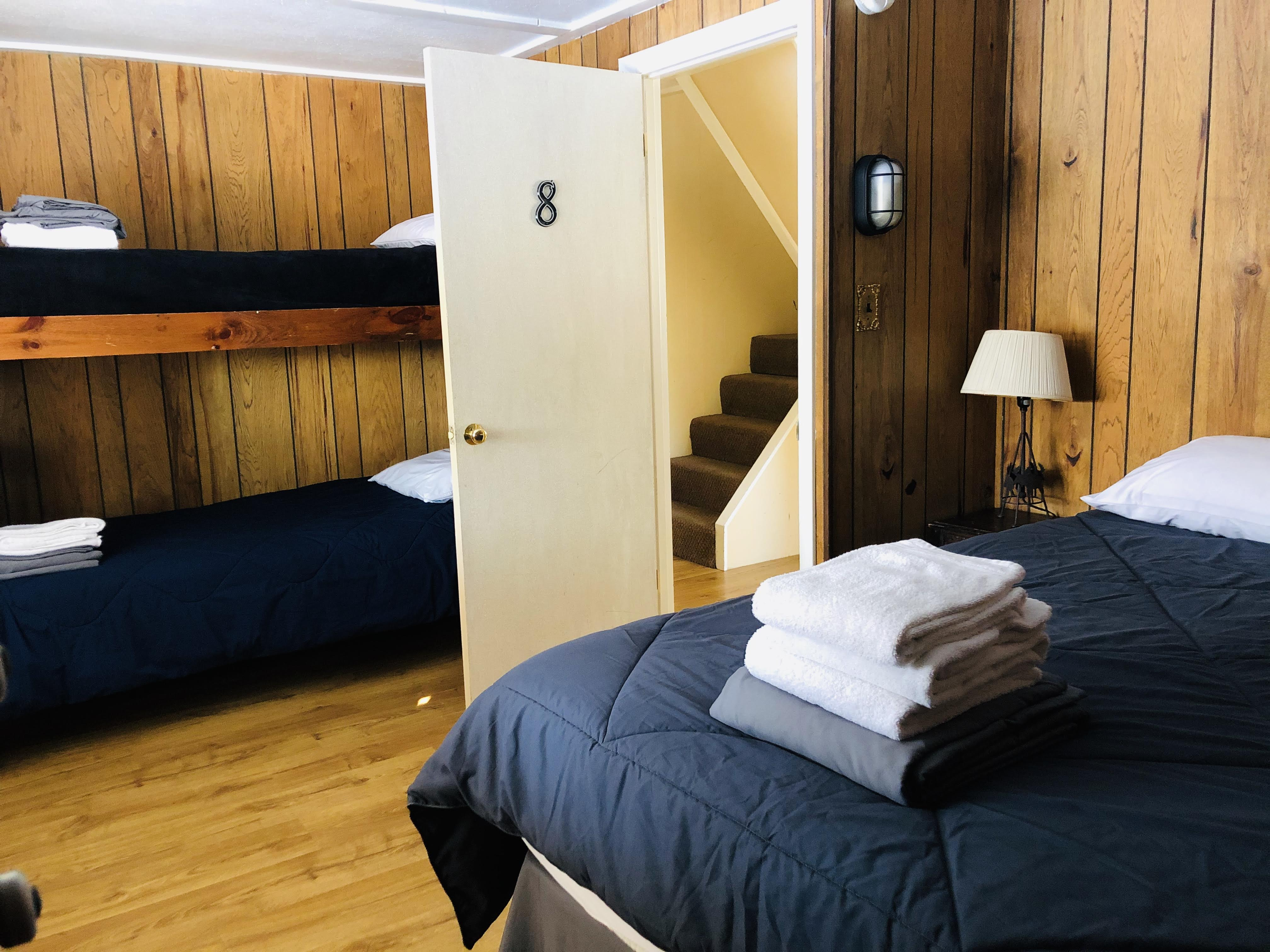Bedroom 8 SE1 Q B