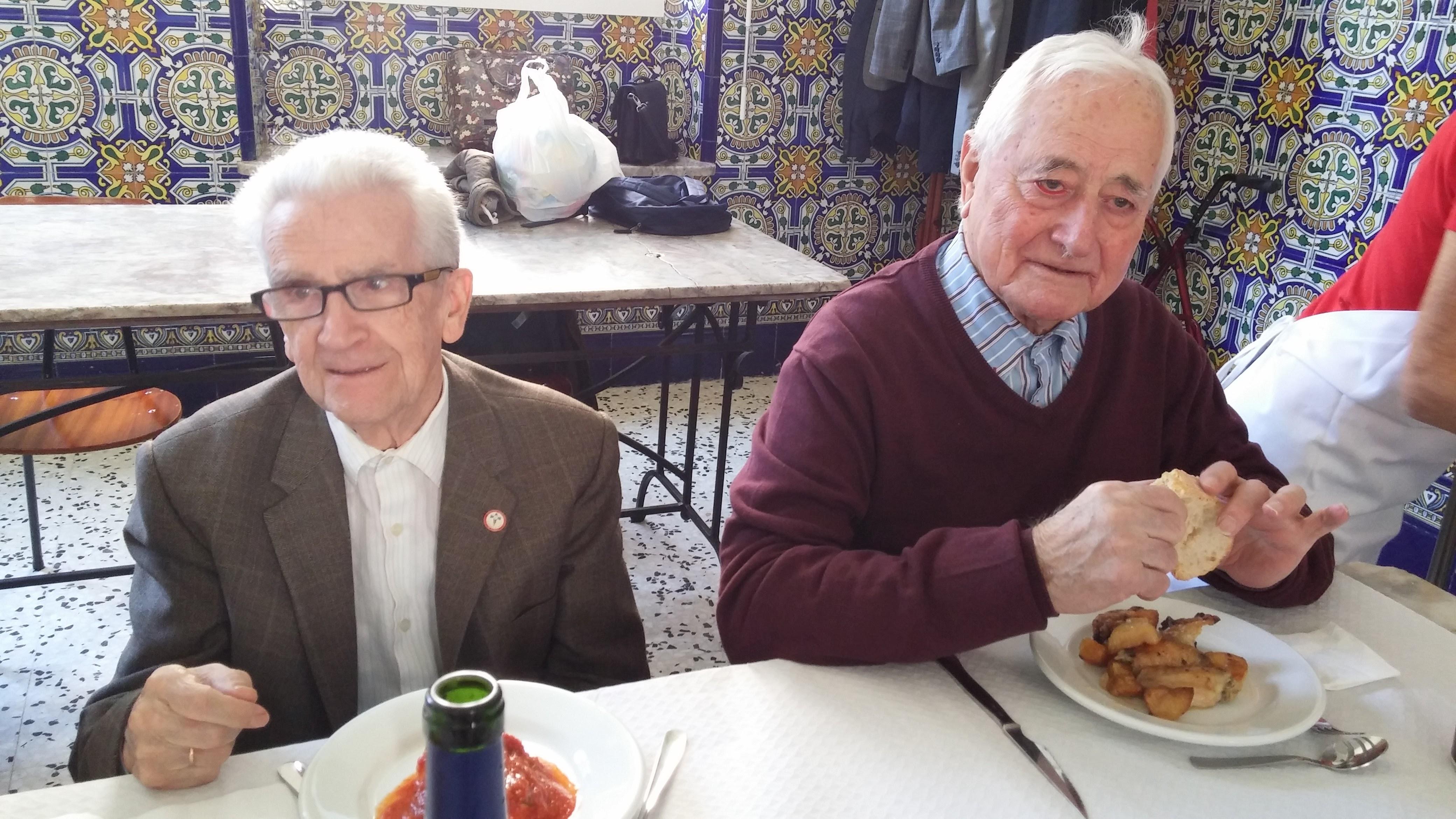 2015.10.2-4 - IEP LA CONVERSIÓN + COMIDA COMUNITARIA (15).jpg