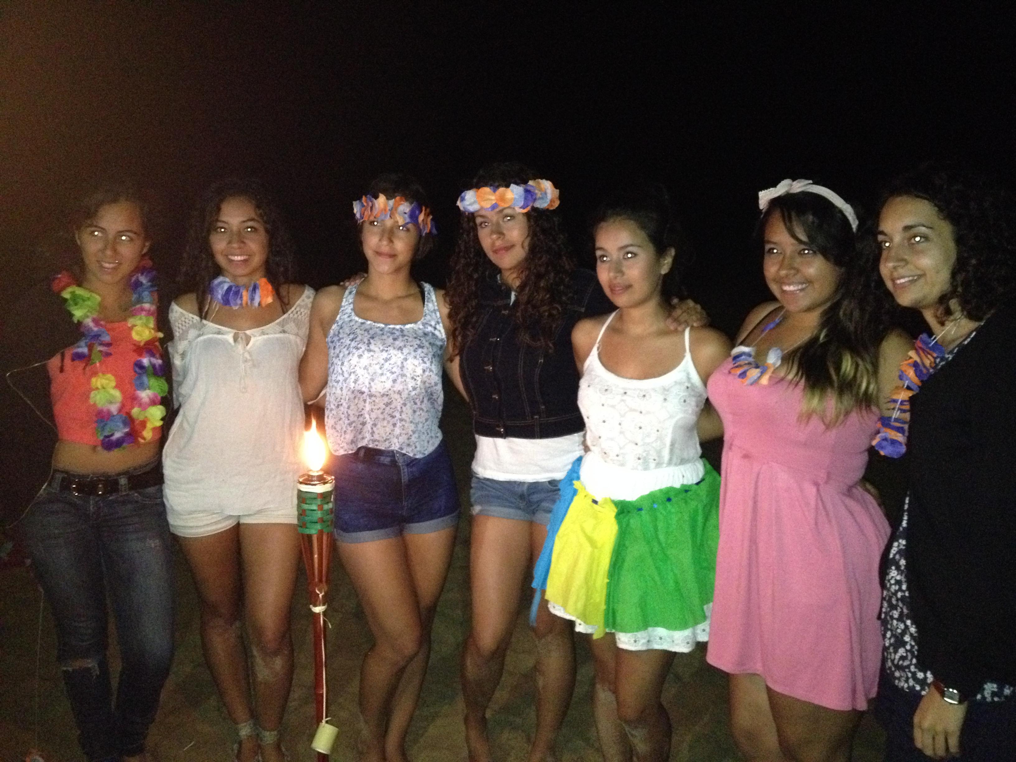 "Noche final ""Fiesta Hawaiana"""