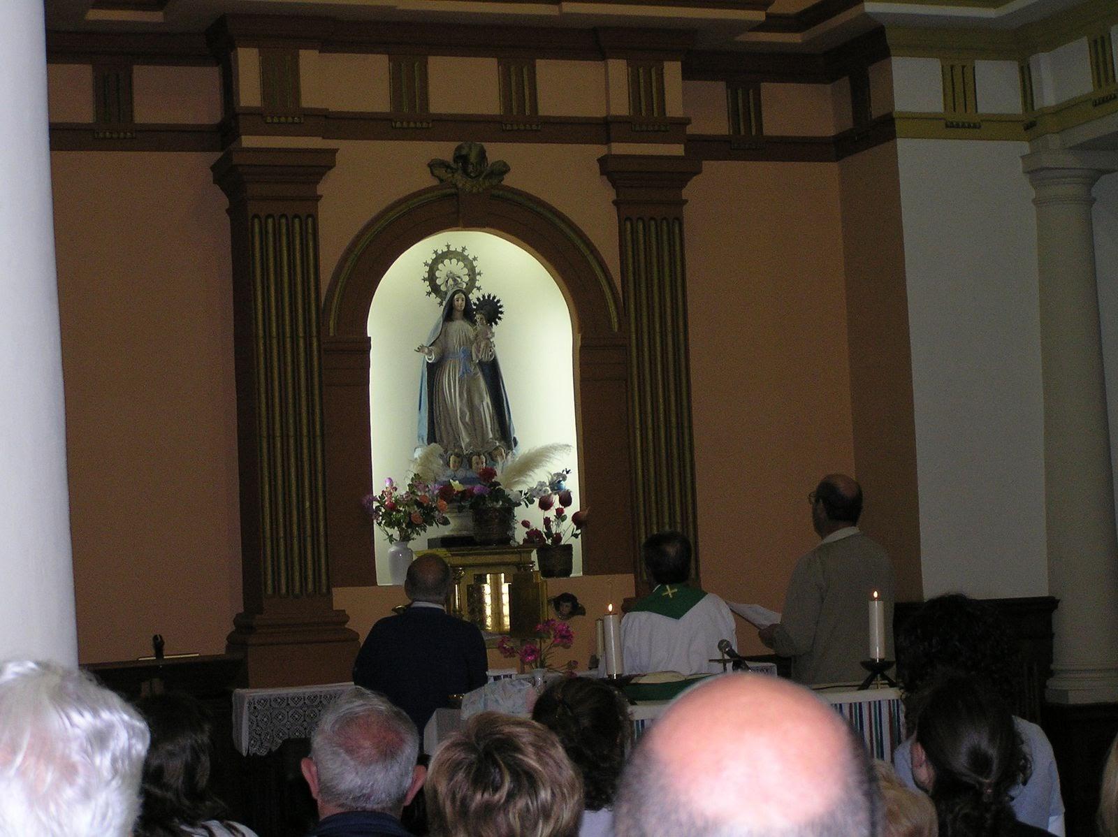 Picasa - Ante la Madre en Nanclares 2007.jpg