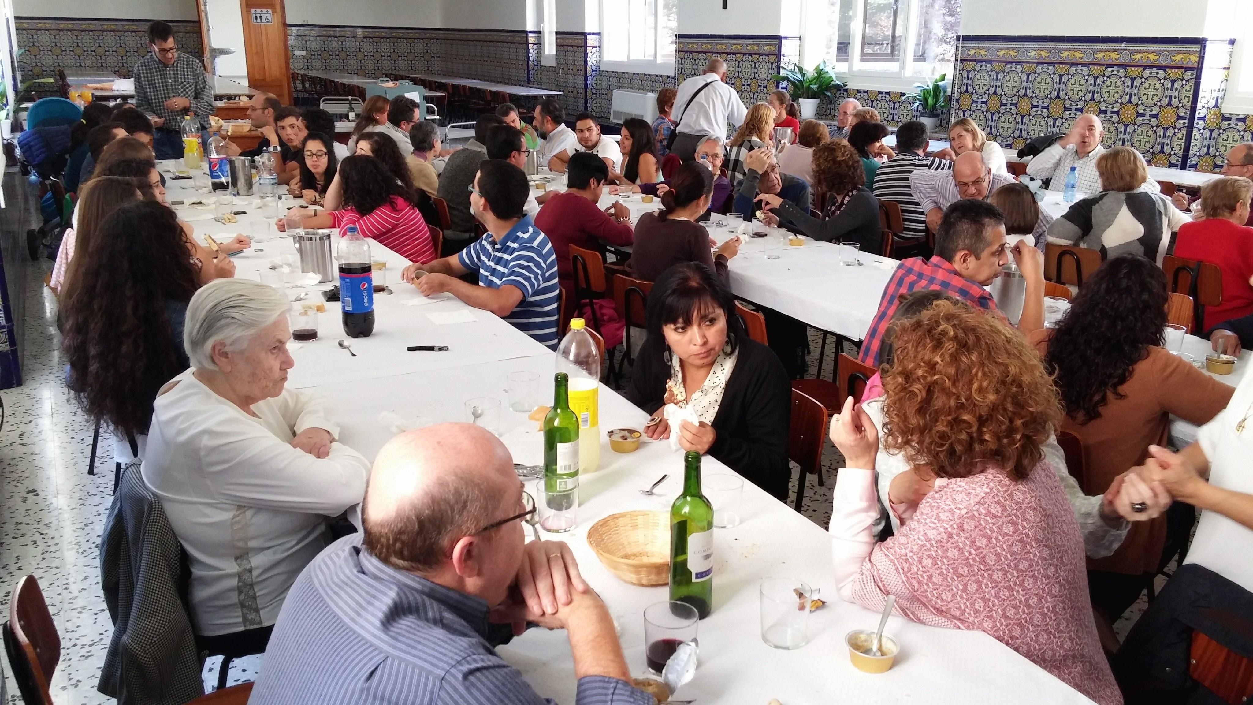 2015.10.2-4 - IEP LA CONVERSIÓN + COMIDA COMUNITARIA (23).jpg