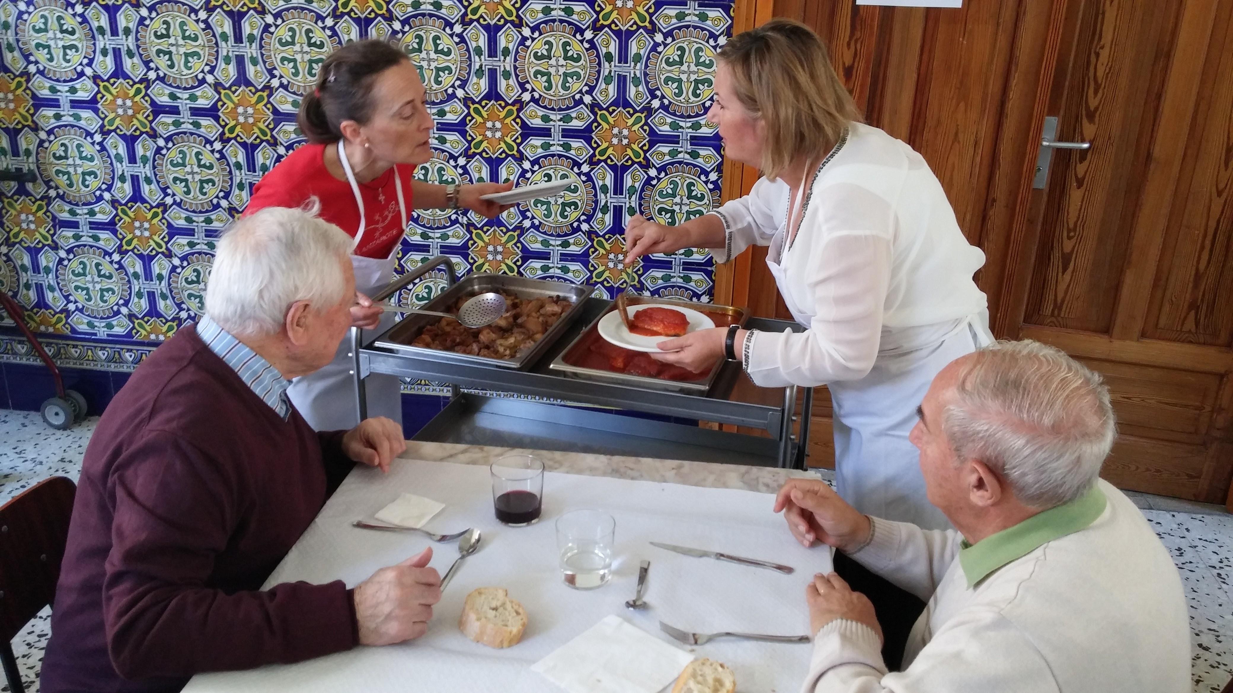 2015.10.2-4 - IEP LA CONVERSIÓN + COMIDA COMUNITARIA (13).jpg