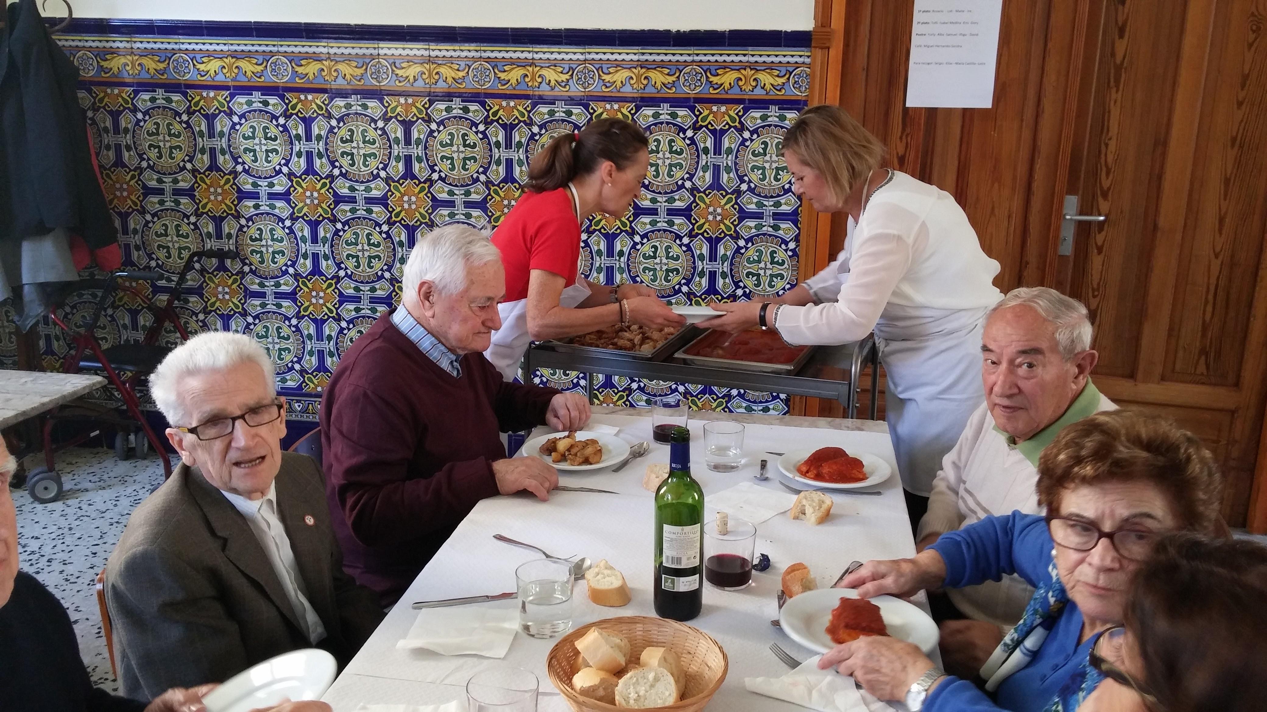 2015.10.2-4 - IEP LA CONVERSIÓN + COMIDA COMUNITARIA (14).jpg