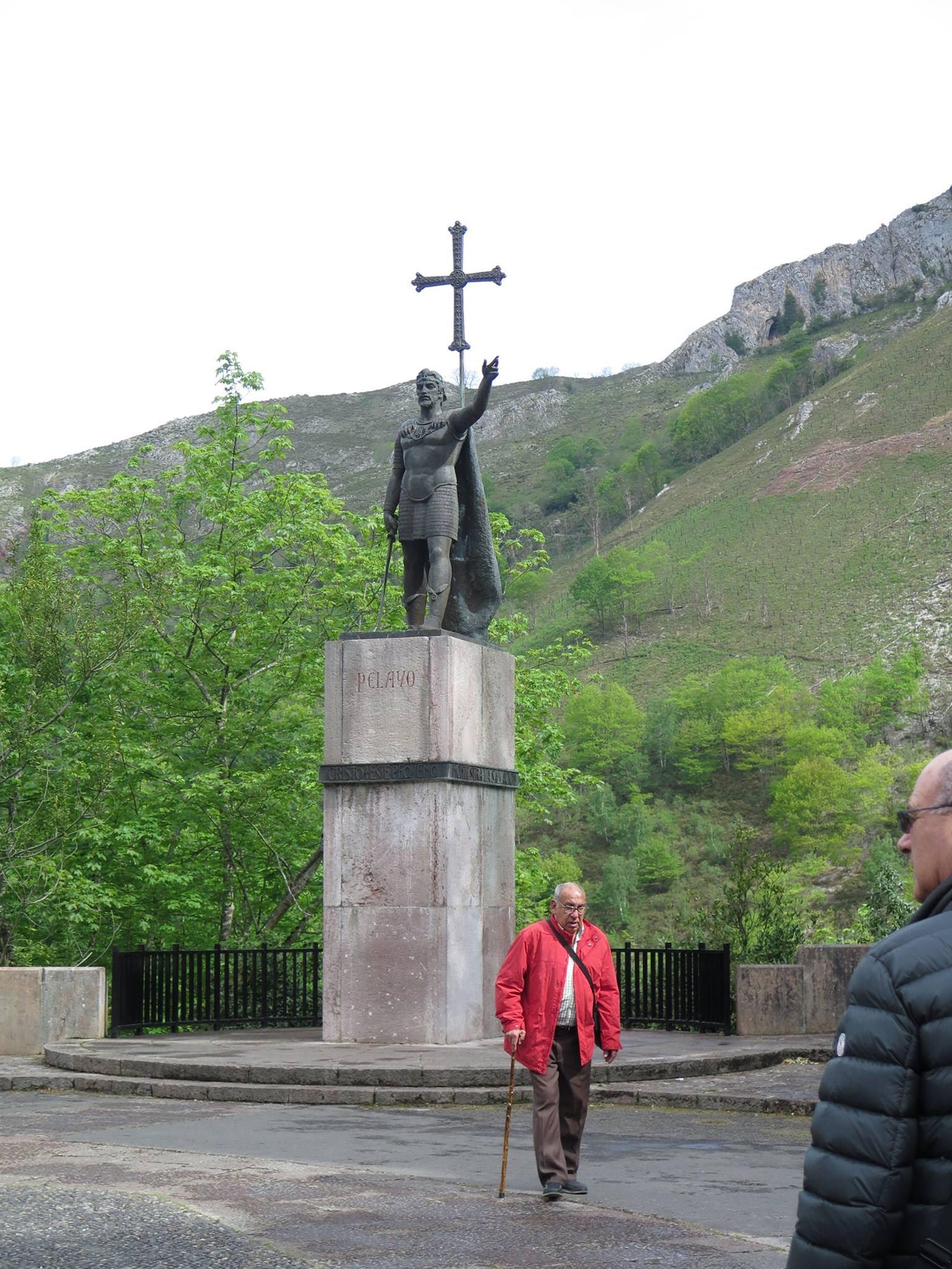2017.05.2 y3 - Viaje Covadonga Sector Hnos. Mayores (8)