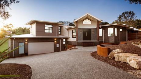 Viewbank Paving in Melbourne Full house driveway.jpg