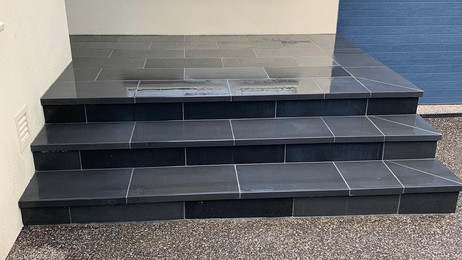 Viewbank Paving in Melbourne Victoria bluestone Front Porch Stairs