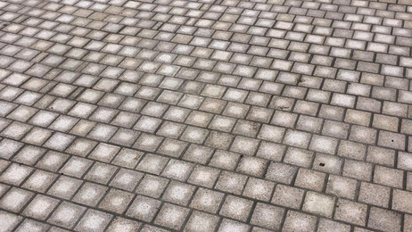 Viewbank Paving in Melbourne Victoria Granite Cobblestone sets for this retirement village driveway