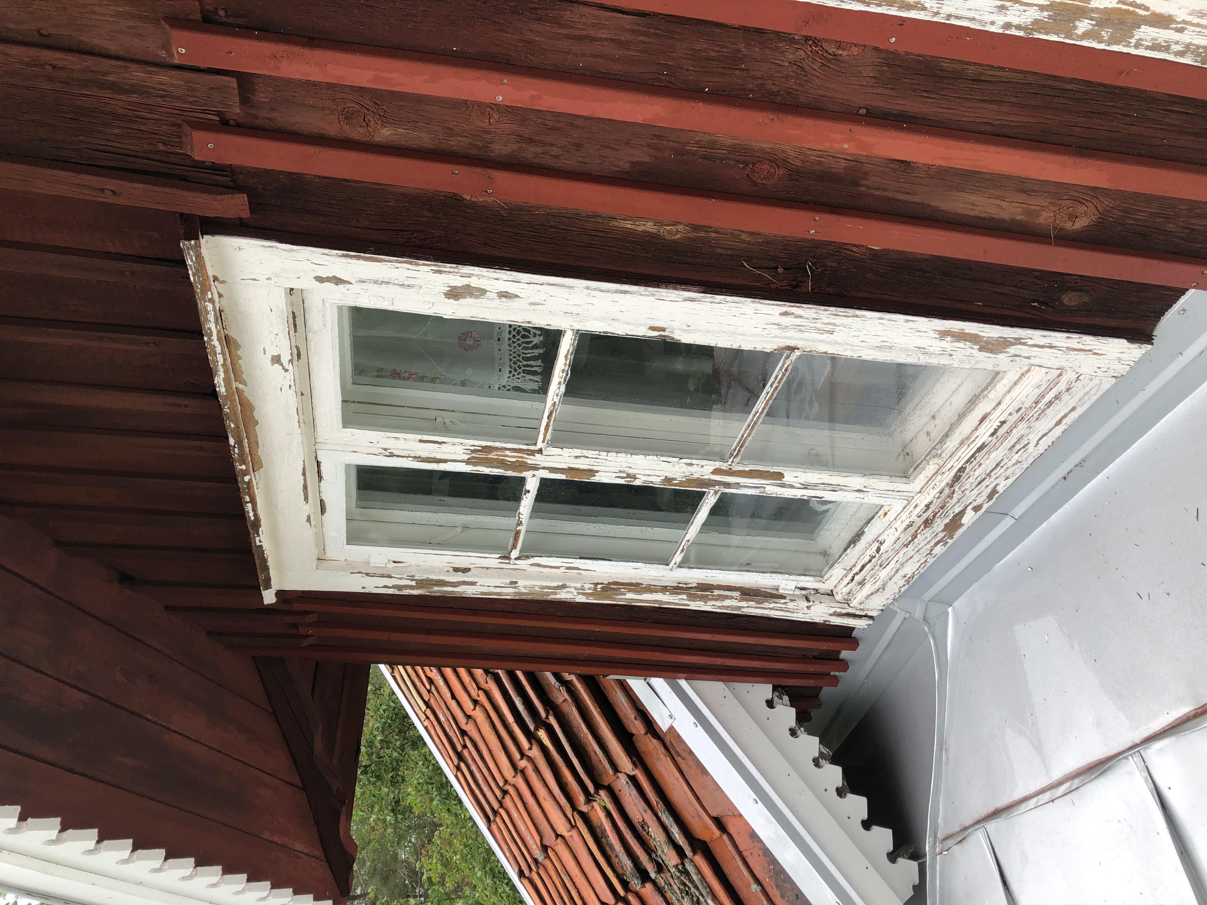 Fönsterrenovering_innan