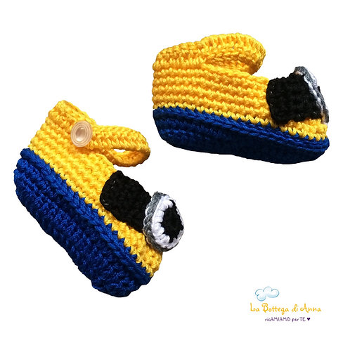 MINIONS-like BABY SANDALS