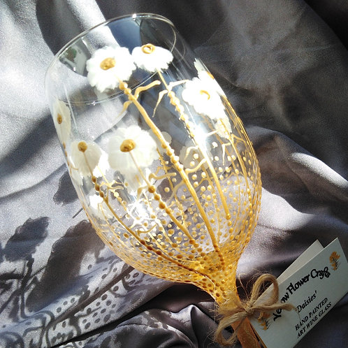 36cl Classic 'Daisies' Hand Painted Art Wine Glass