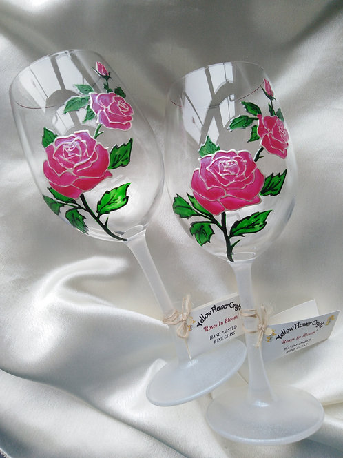36cl Classic 'Roses In Bloom' Hand Painted Art Wine Glass