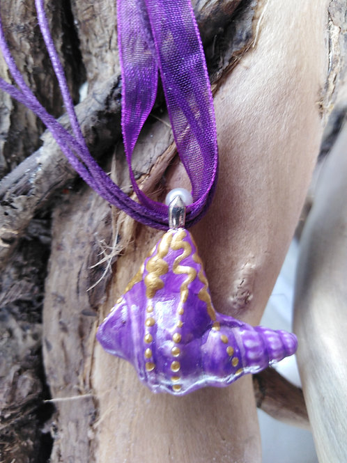 Hand Crafted 'Majestic' Sea Shell Pendant