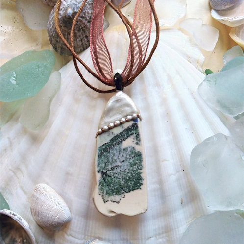 Hand Crafted 'Green Leaf' Sea Pottery Pendant