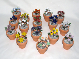 Mini-Flower Pots with Lampwork Glass Flowers