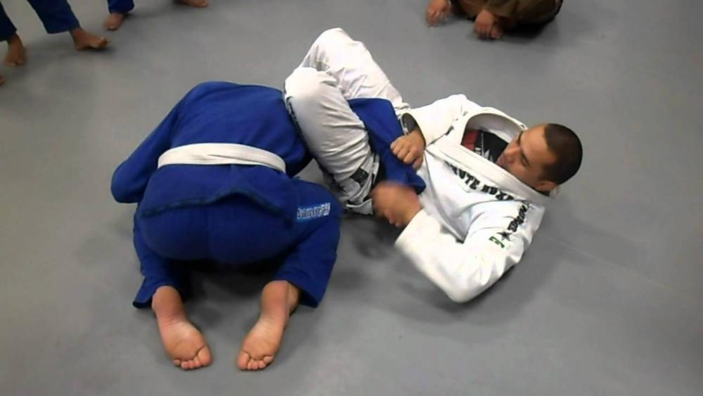 Omoplata Brazilian Jiu-Jitsu