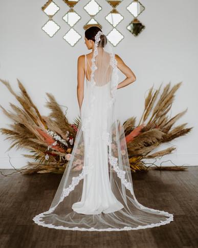 Lace mantilla veil 'Harmony'