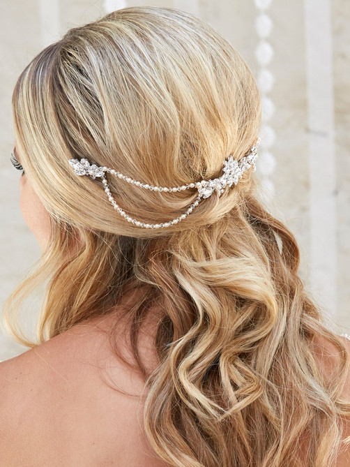 bridal hair acessory with chains