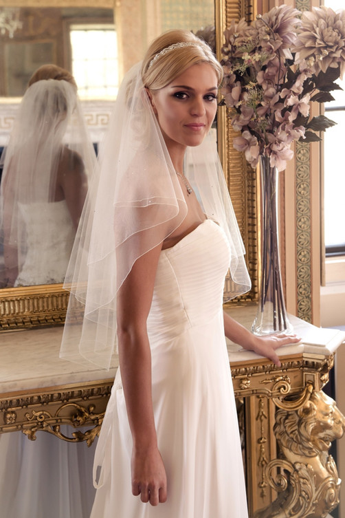 Two tier veil with diamantes