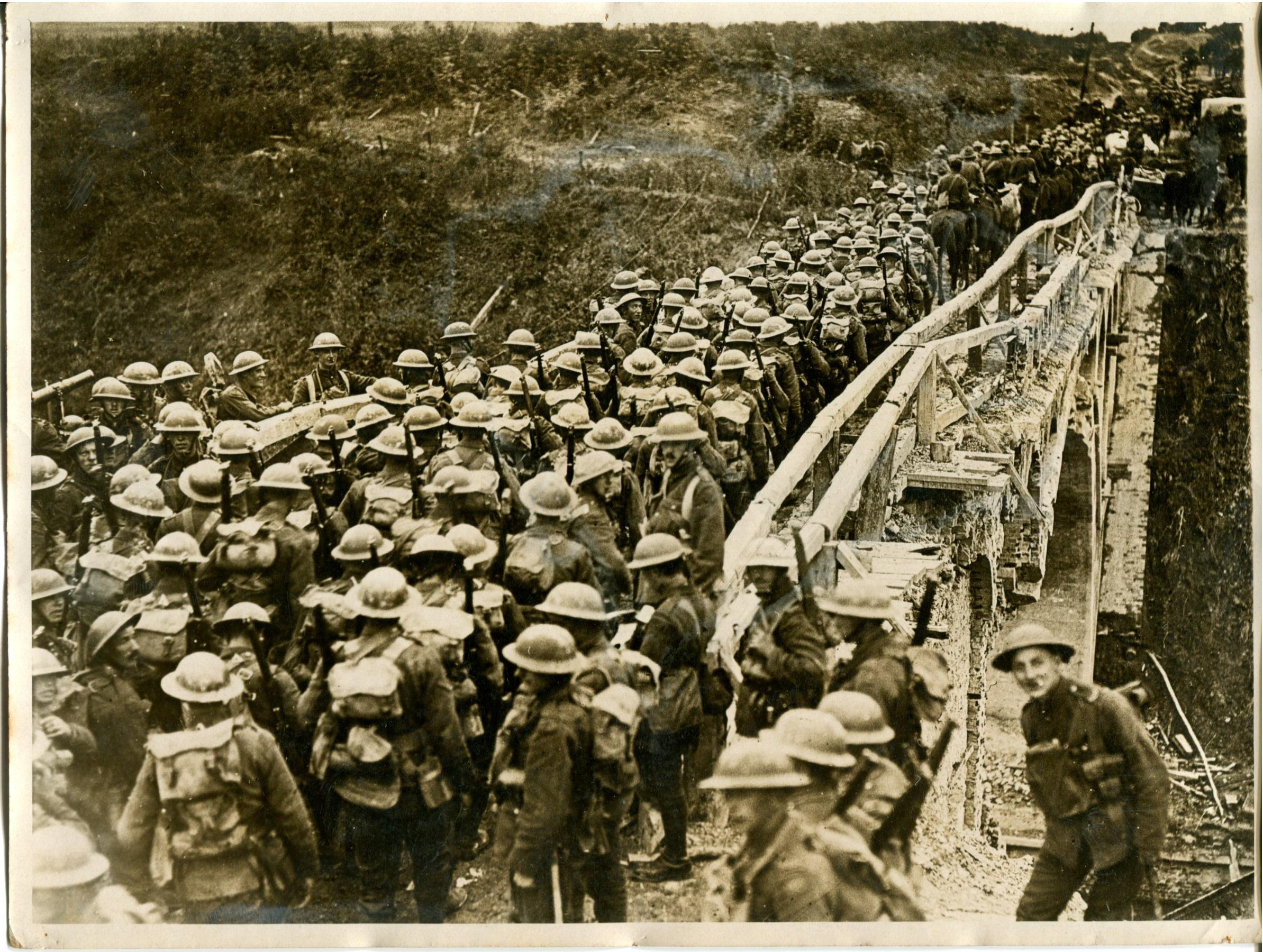 HH-X 2329 Photograph - 46th Brigade at St. Quentin Canal.jpg